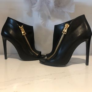 TOM FORD  Zip Up Booties